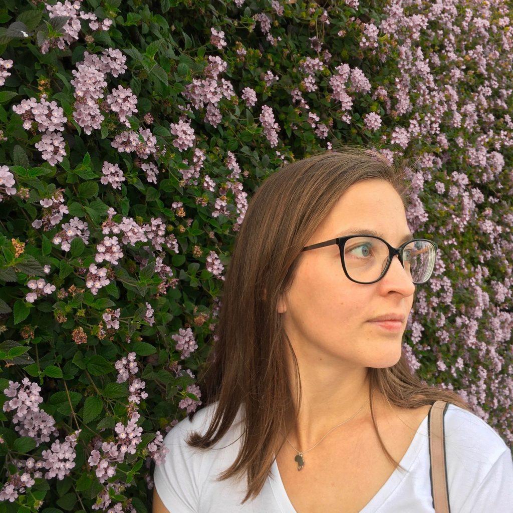 Ich bin Anja von der Markenweberei. Ich helfe Ihnen mit dem Social Media Marketing.